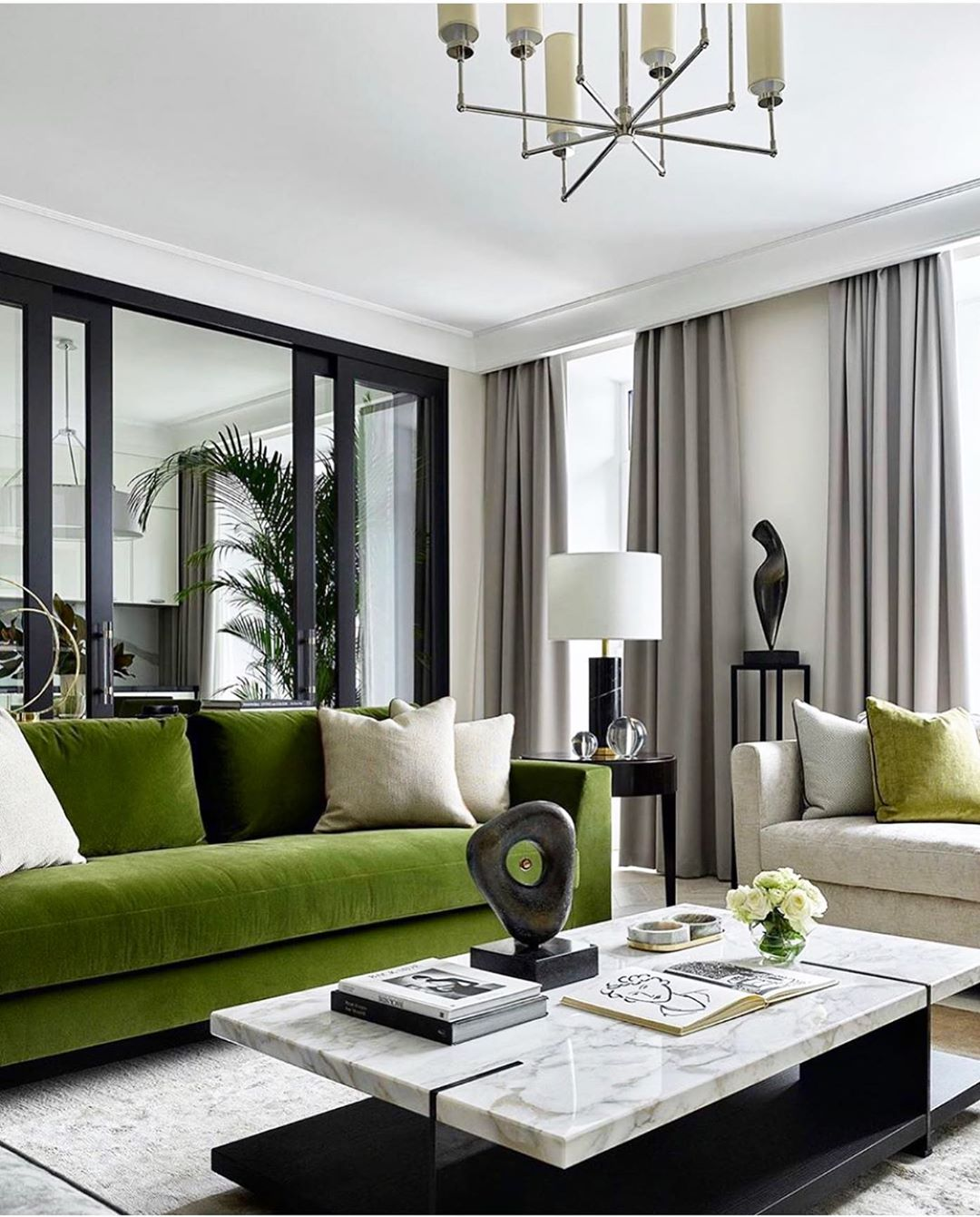 canapé vert en décoration
