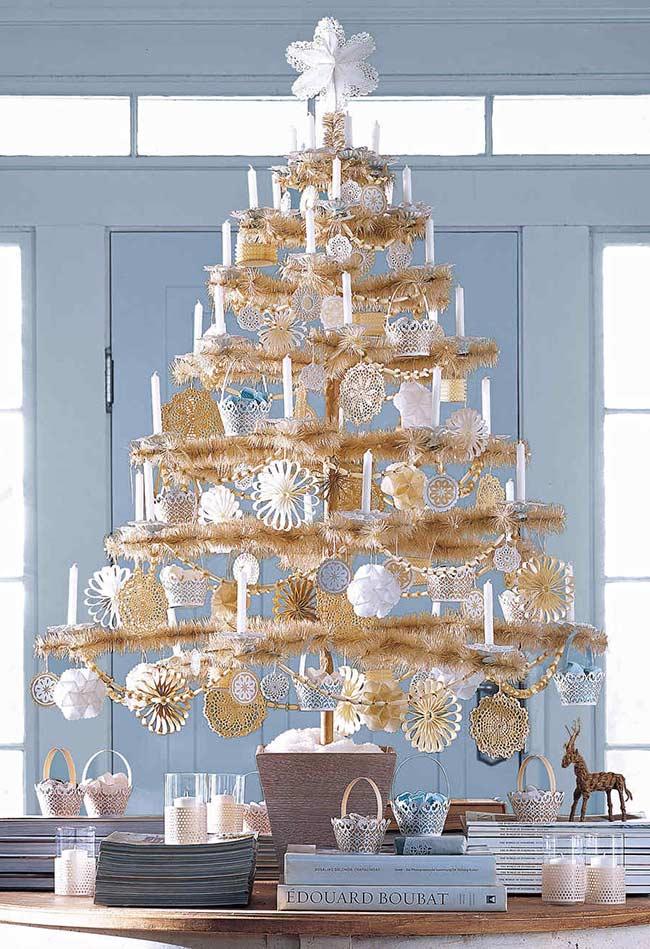 Décoration de Noël avec quelques branches