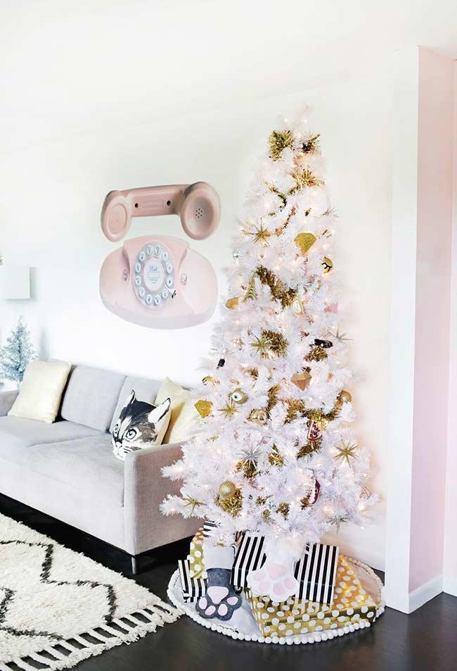 Blanc et or: des couleurs sans erreur dans la décoration de Noël