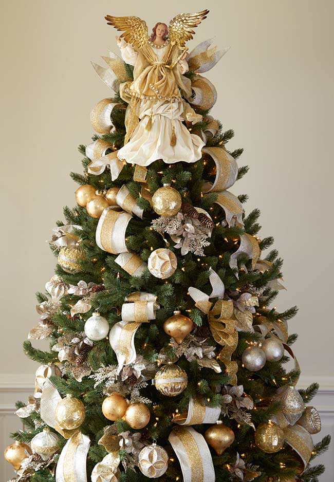 Sapin de Noël décoré d'ange