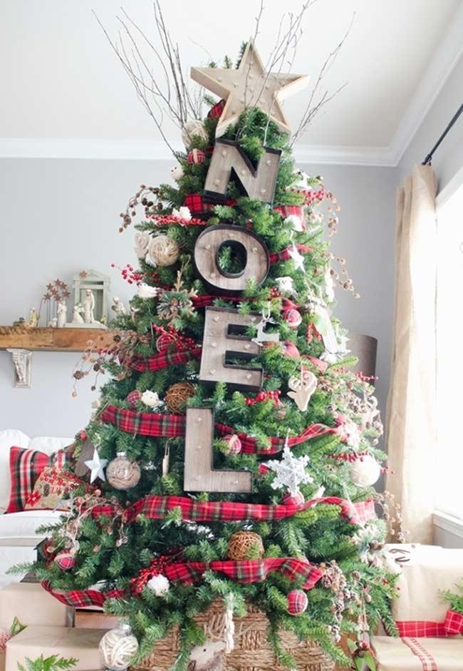 Grands ornements d'arbre de Noël