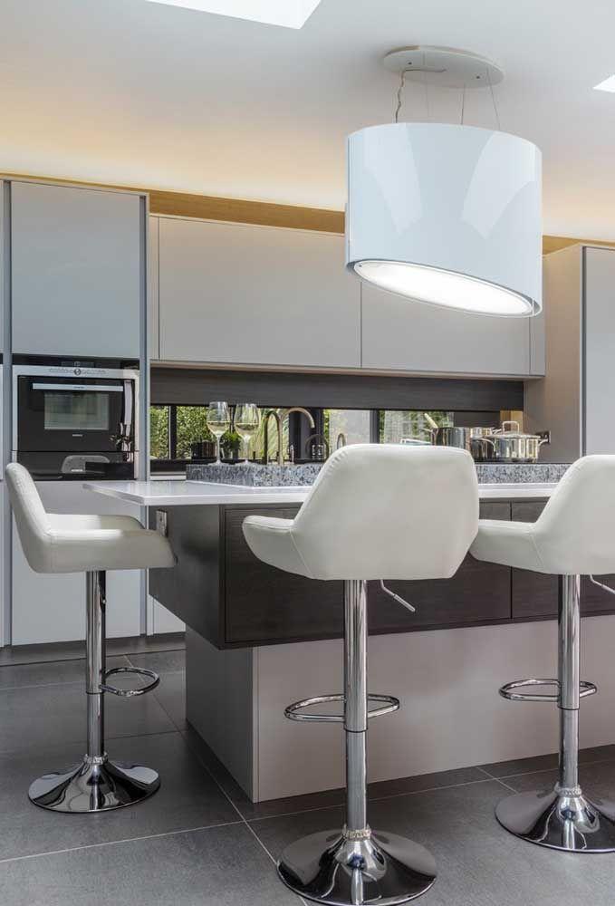 Rendez vos invités plus à l'aise avec ces tabourets confortables