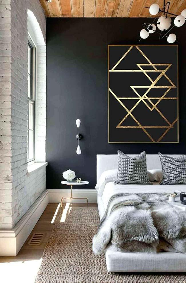 Mur noir avec triangles de ruban électrique