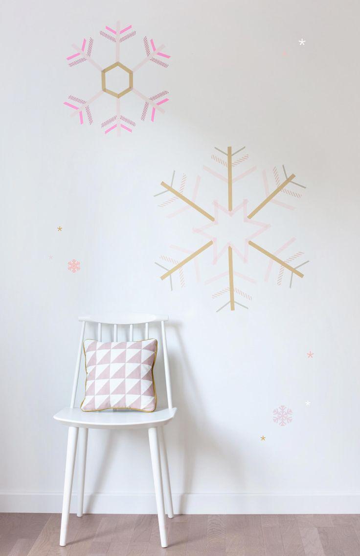 Flocons de neige faits avec du ruban électrique