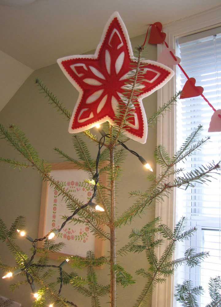 Aimez-vous l'artisanat en feutre?  Que diriez-vous de faire une étoile de Noël avec?