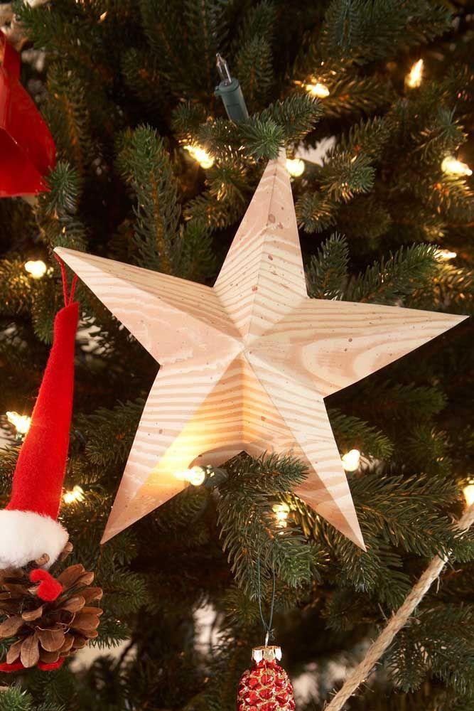 Vous pouvez également utiliser les étoiles sur le corps de l'arbre