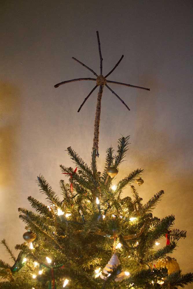 Échapper à l'un - enfin - les deux modèles classiques d'étoiles de Noël