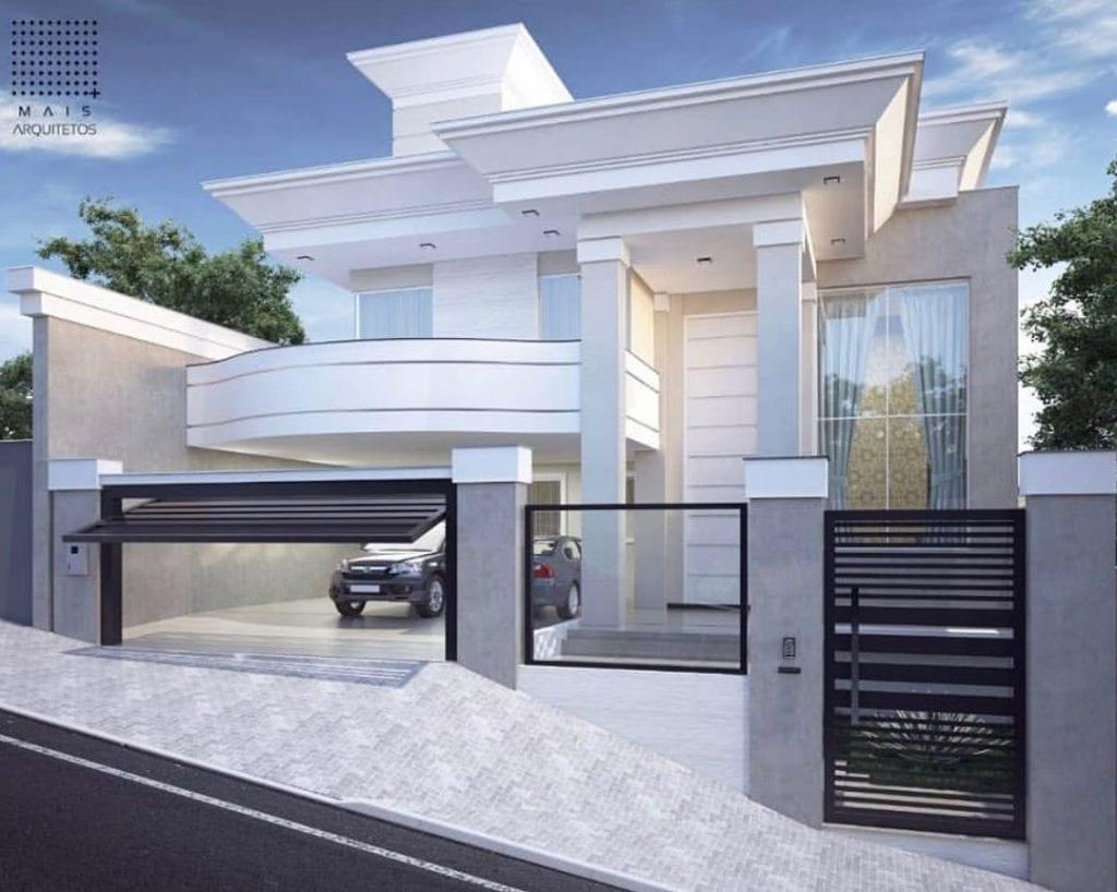 maison-classique-avec-balcon