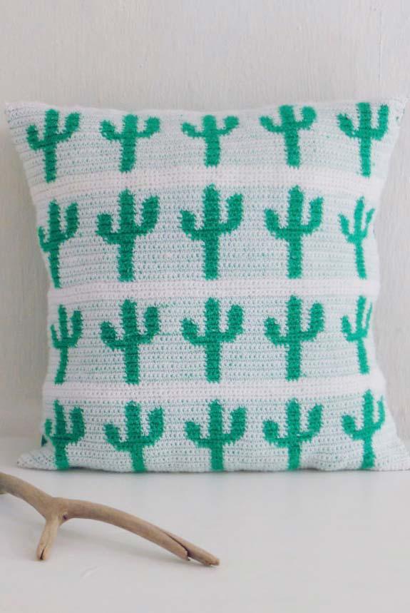 Housse de coussin avec cactus