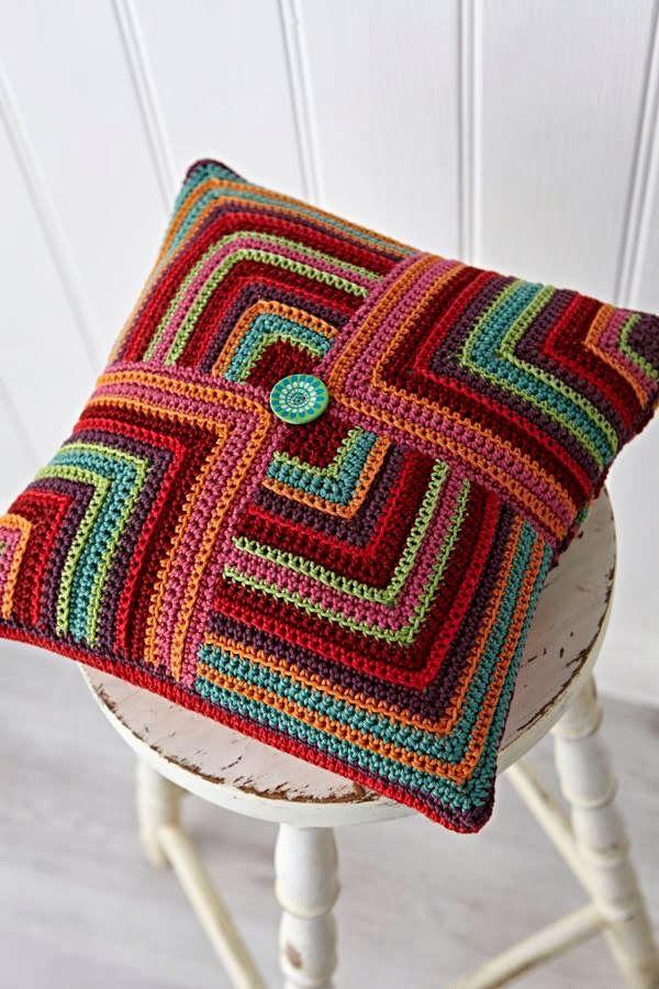 Housse de coussin crochet multicolore