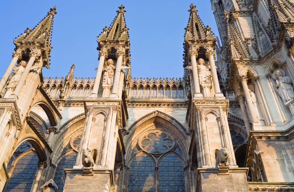 Architecture médiévale de la cathédrale de Notredame