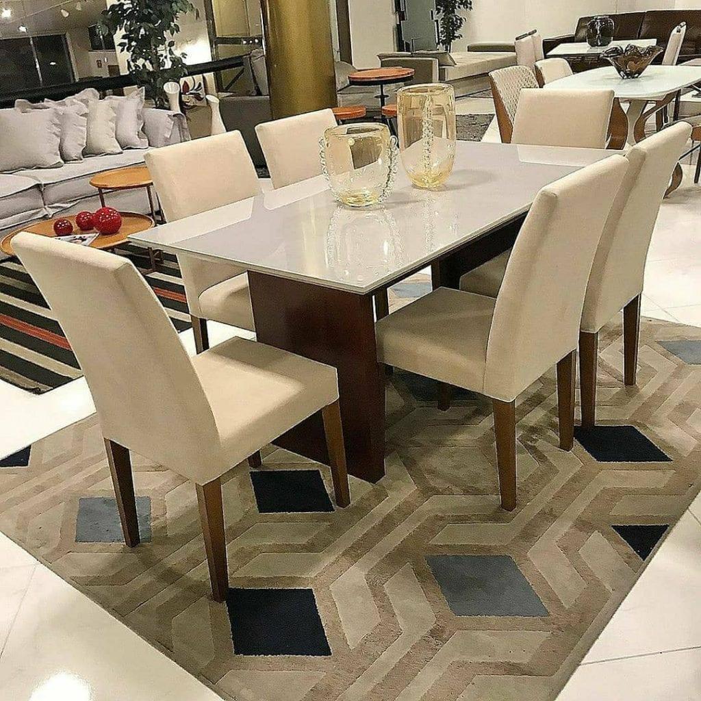 salle à manger tapis géométrique bleu