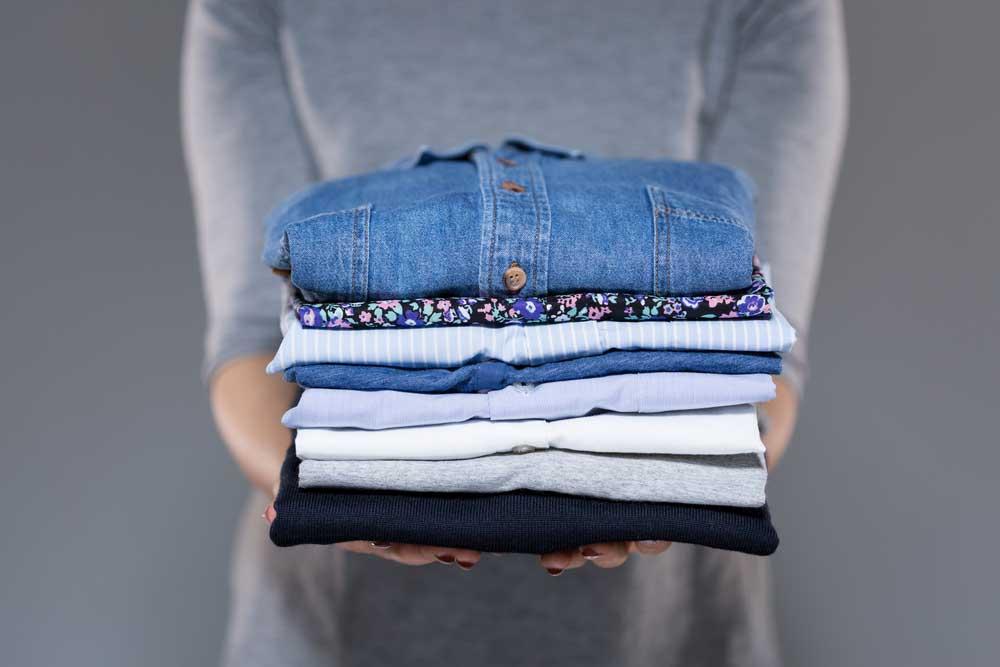 Vêtements propres organisés