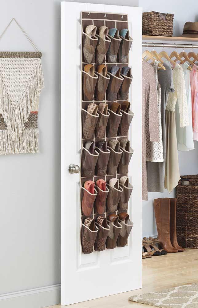 Envie d'encore plus de praticité?  Achetez votre étagère à chaussures en ligne, il existe plusieurs modèles au choix