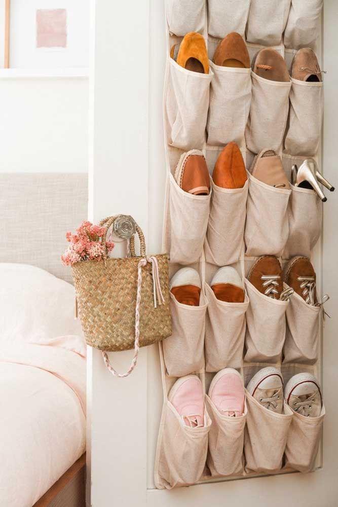 Le ton brut est l'une des meilleures options de porte-chaussures en tissu