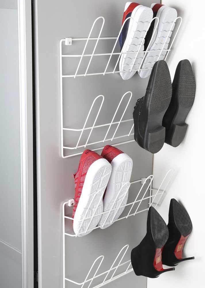 Un étagère à chaussures, deux modes d'utilisation différents