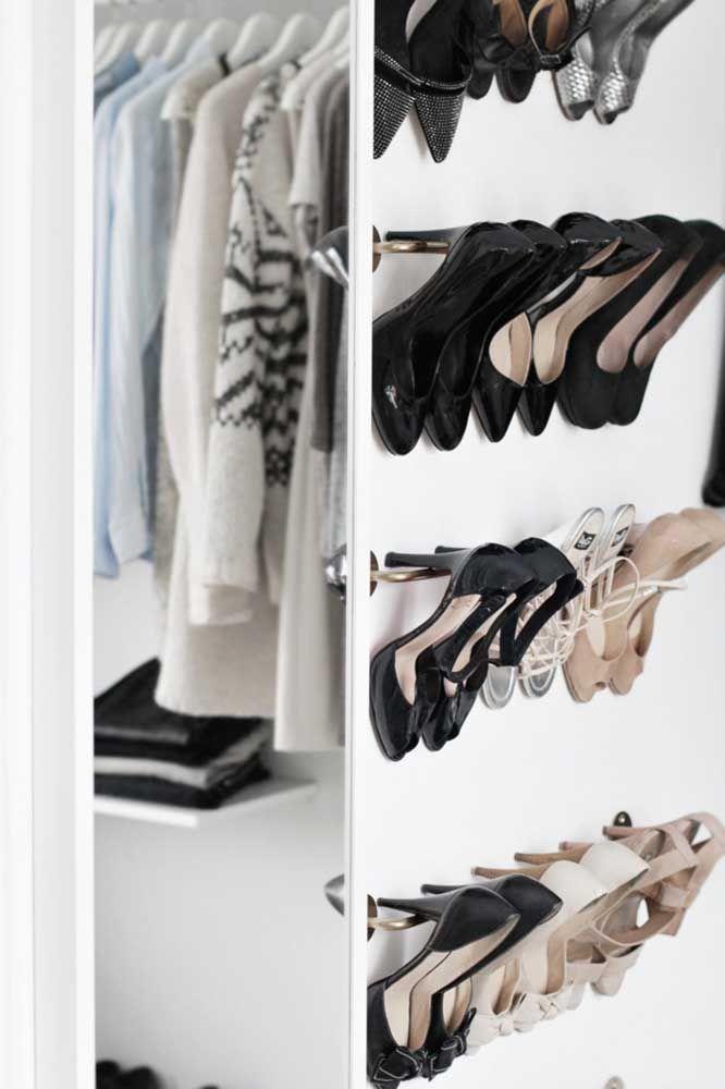 Avec quelle chaussure?  Le porte-chaussures vous permet de mieux visualiser les chaussures et de choisir celle à utiliser plus facilement