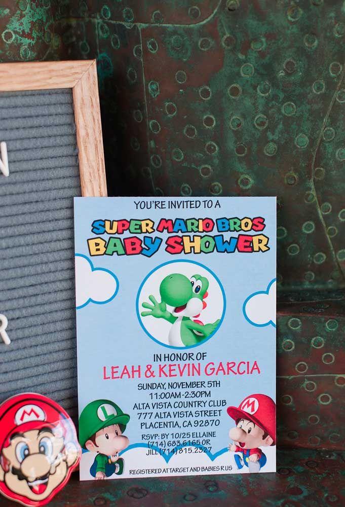 Les invitations d'anniversaire doivent être personnalisées avec le thème Mario Bros.  Une bonne option est de faire des cartes avec les personnages de la classe.