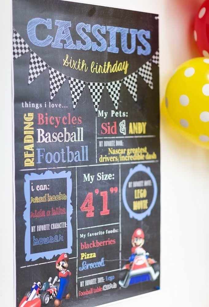 Faites une affiche avec toutes les informations du garçon d'anniversaire sur ce qu'il peut faire, les choses qu'il aime, les aliments préférés, entre autres informations.