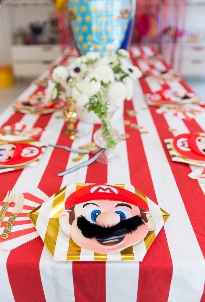 Séparez un visage Mario Bros pour chaque invité.