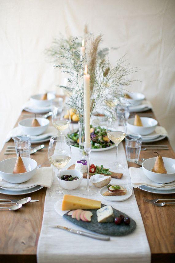 Table dressée pour le brunch