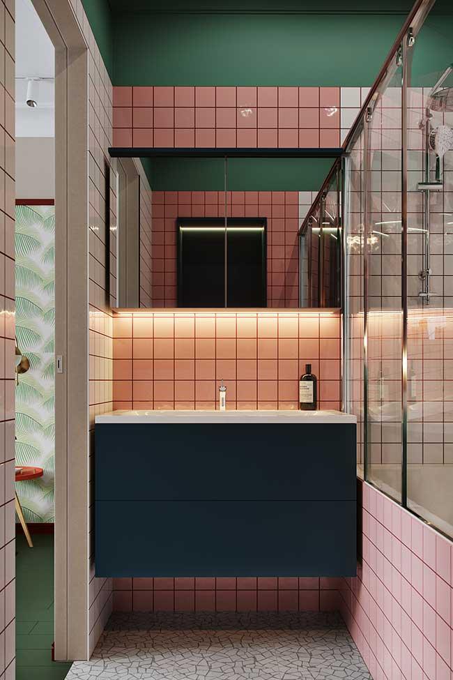 Mur végétal dans la salle de bain