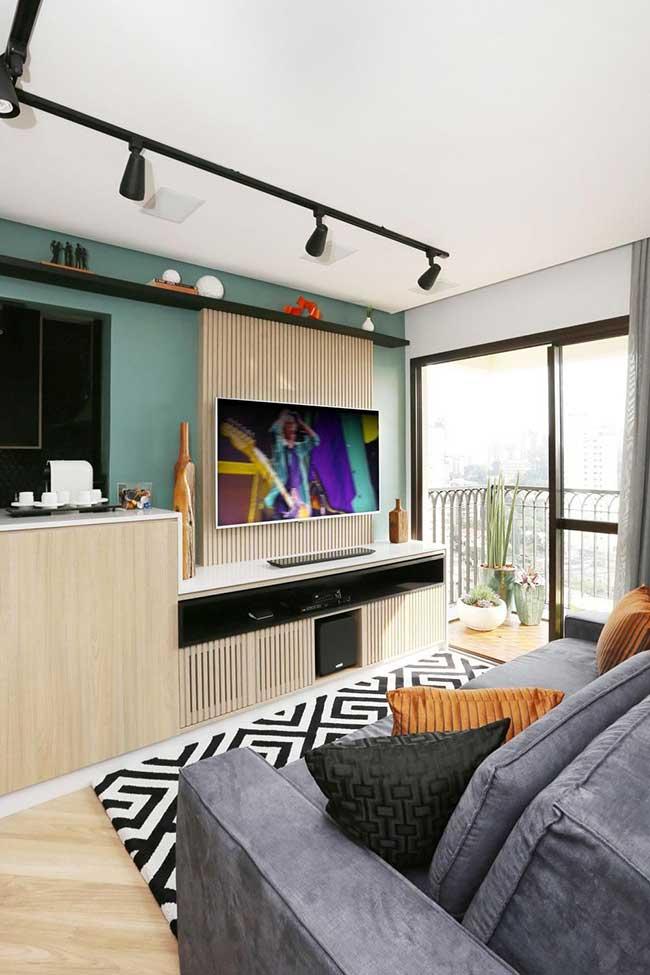 Mur TV vert
