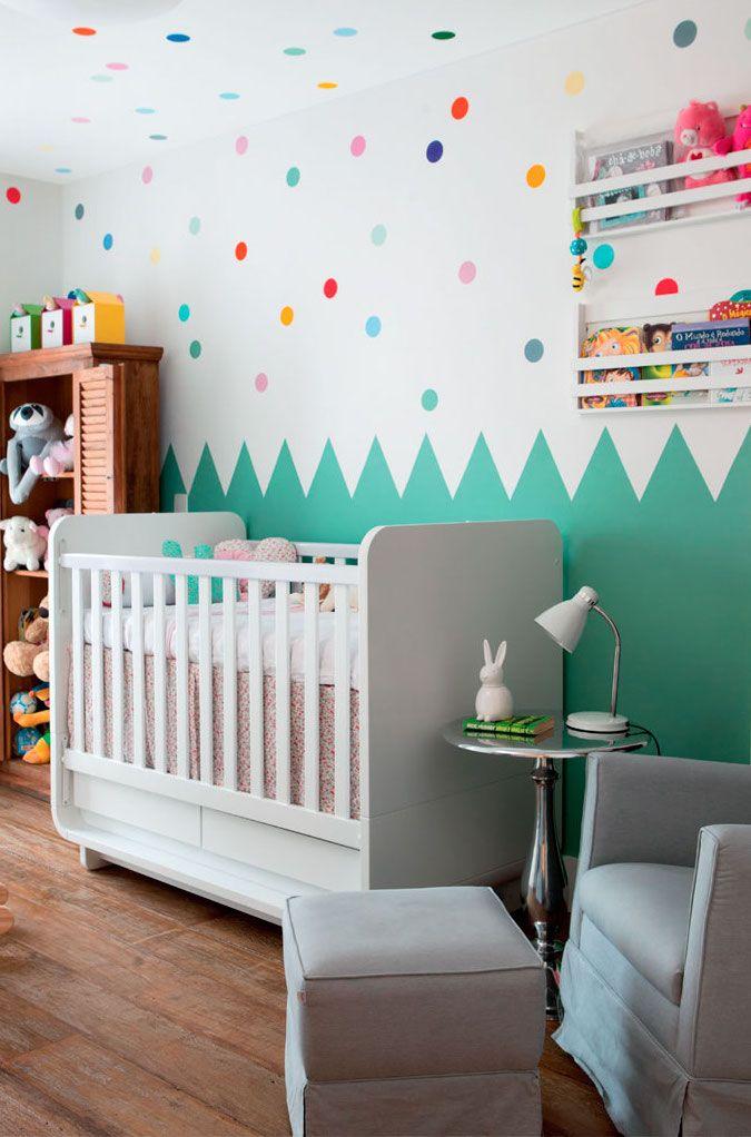 Chambre bébé mur végétal