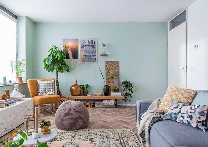 Mur vert menthe et orange
